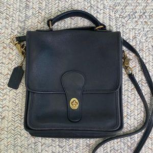 Vintage 1996 Coach station bag black crossbody